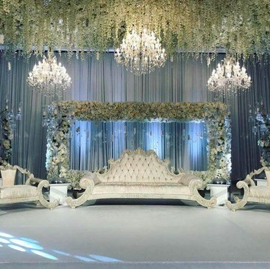 Chandelier Rental Wedding 1 550x548