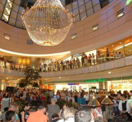 Grande Lustre A Louer Shopping Centre 1 270x250